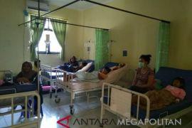Korban keracunan mengaku trauma makan tutut