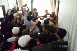 Polisi tetapkan dua tersangka pengeroyokan anggota DPRD
