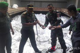 Ribuan ton pupuk ilegal dari Tiongkok masuk Indonesia