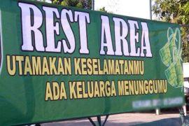 Minimarket jalur mudik Bekasi dijadikan 'rest area'