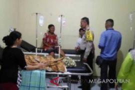 9 warga Bekasi keracunan