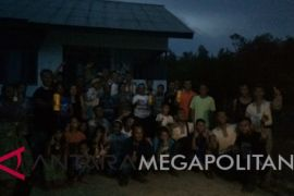Mahasiswa STPP Bogor dampingi peternak Babi Semuntik