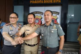 Pemkot Bogor larang aktivitas kumpul jam malam