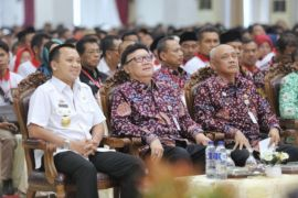Mendagri Tjahjo Kumolo Bertemu 2.100 Kepala Desa se-Sumatera