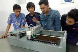 Mahasiswa IPB kembangkan mesin canggih penyemai benih