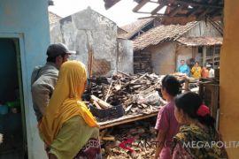 Lagi, kebakaran hanguskan lima rumah di Sukabumi