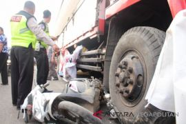 Satu orang meninggal dalam kecelakaan di Cikampek