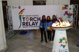 Warga Bogor antusias sambut obor Asian Games
