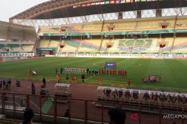 Kaum perempuan belum boleh masuk stadion menyaksikan pertandingan di Iran
