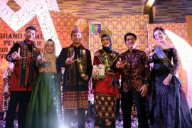 Muli Mekhanai (Bujang-Gadis) Lampung Agar Jadi Duta Wisata Yang Smart