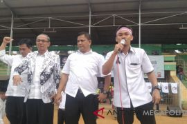 Ribuan guru honorer Sukabumi masih mogok mengajar