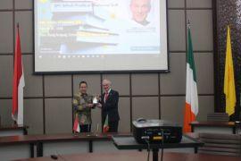 Menteri Pendidikan Irlandia kunjungi UI