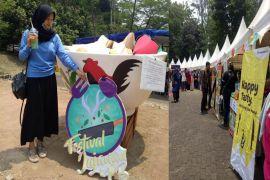 Mangkok ayam raksasa ramaikan Festival Jajanan IPB