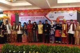 Baralek Gadang, Alumni IPB asal Minang