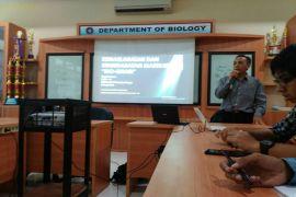 Departemen Biologi FMIPA IPB gelar kuliah umum kemaslahatan dan kemudharatan Makhluk Biogaib