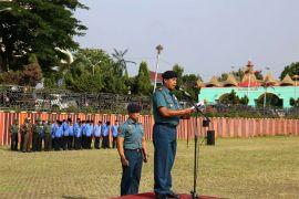 Danlanal Pimpin Upacara Bulanan Di Lingkungan Pemprov Lampung