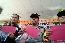 Polres Karawang tangkap oknum BNN dan aktivis