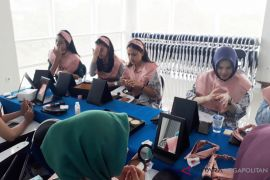 Mahasiswa UP sambut gembira Grooming and Beauty Class
