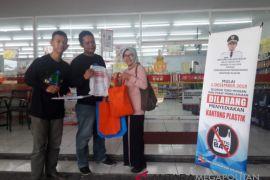 Peritel dukung kebijakan larangan penggunaan kantong plastik