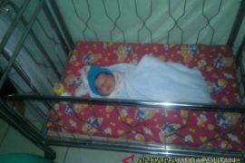 Warga menemukan bayi umur empat hari di Rumpin