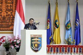 Ridho Ficardo Serahkan Rancangan KUA dan PPAS RAPBD 2019 ke DPRD  Lampung