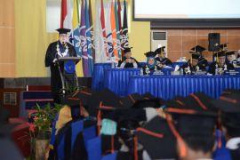 Momen wisuda, Rektor IPB ajak doakan korban Lion Air JT-610
