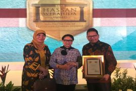 Prof. Dr. Ir. Ari Purbayanto, Guru Besar IPB raih Hassan Wirajuda Pelindungan WNI Award 2018