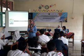 Dosen Universitas Pancasila beri pelatihan siswa SMKN 3 Depok (video)