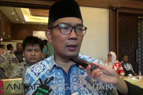 Ridwan Kamil akan mengaktifkan kembali jalur KA