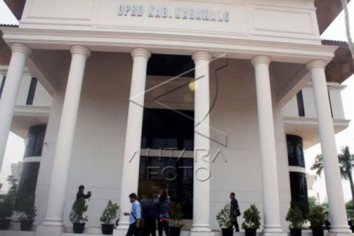 DPRD Karawang Sewa Kantor Baru Rp300 Juta