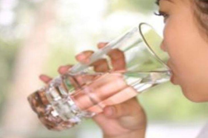 Kurang Mengonsumsi Air Bisa Cepat Tua