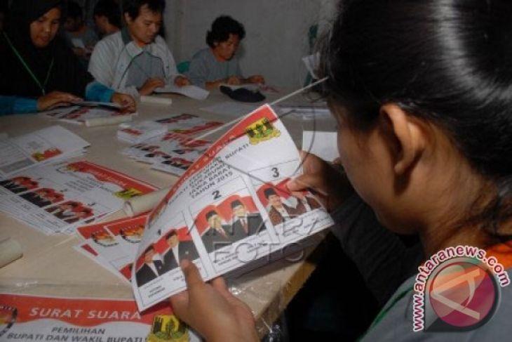 KPU Karawang masih menunggu pendistribusian 7 juta lembar surat suara