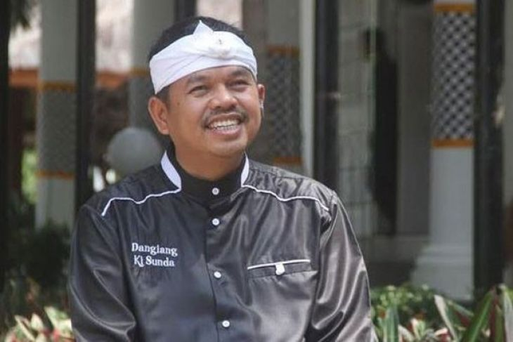 Dedi Mulyadi Tak Menganggap Ridwan Kamil Pesaing