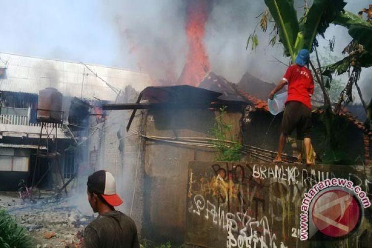 Tragis, Seorang Warga Tewas Dalam Kebakaran Di Sukabumi