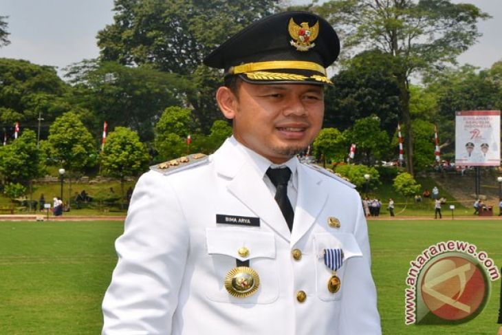 Wali Kota Bogor Terima `Entrepreneur Award` 2017