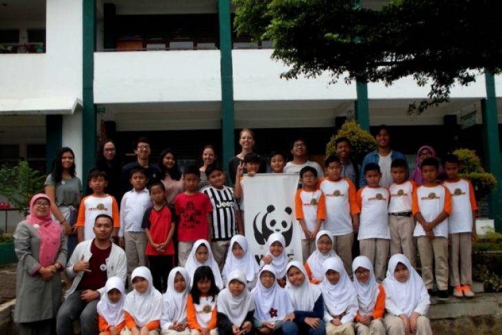 UKM AIESEC IPB libatkan WNA dalam proyek sosial