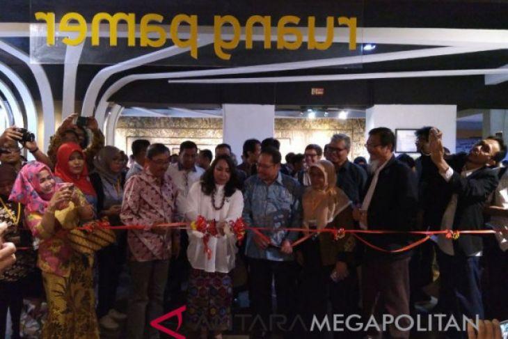 Museum Nasional sejarah alam Indonesia tampil baru