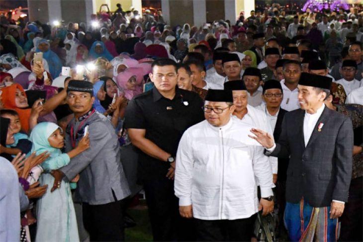 Pengamat: Jokowi pilih cawapres tangkal politik identitas