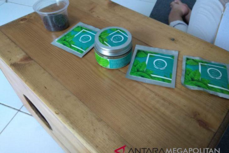 Masker herbal mahasiswa IPB bisa mengatasi jerawat