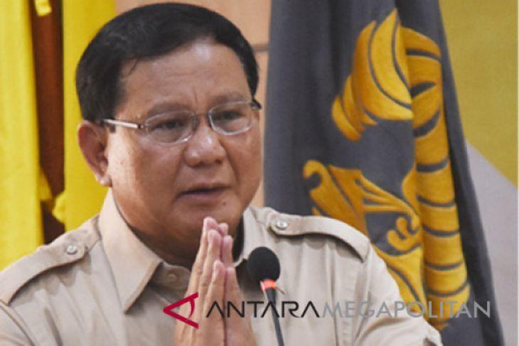 Prabowo-Sandiaga daftar setelah Shalat Jumat