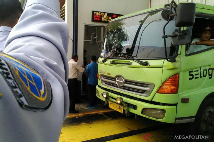 452 truk