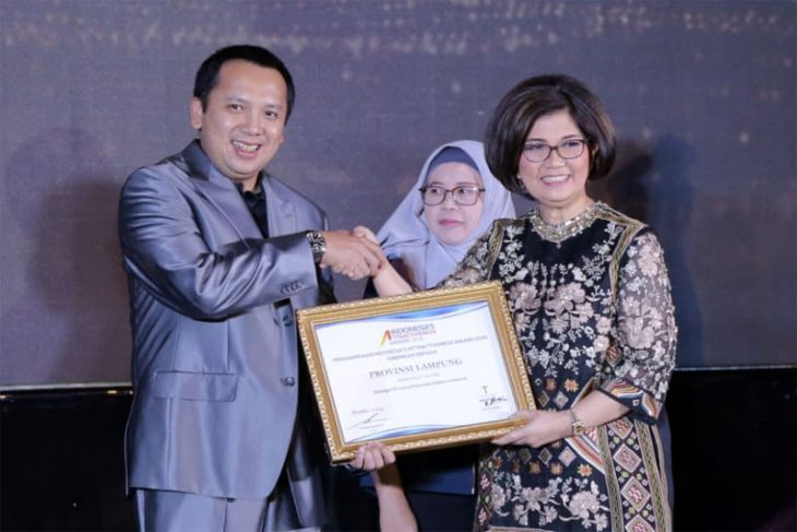 Indonesia Attractiveness Award: Lampung Provinsi Investasi Terbaik