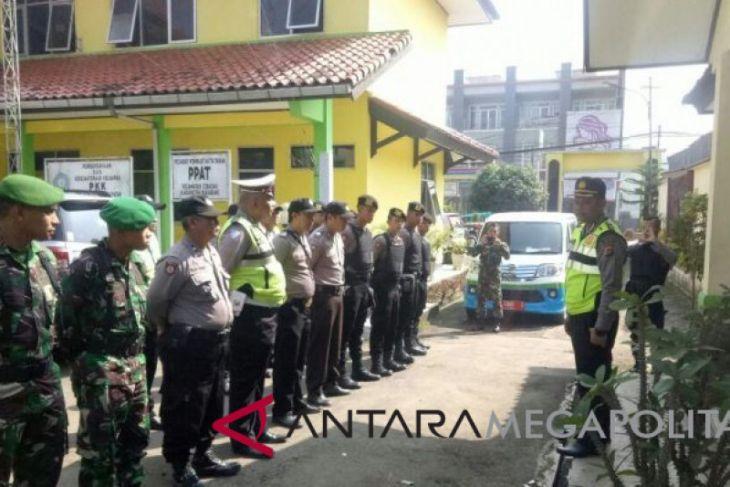 Polisi selidiki kematian ayah dan anak di Sukabumi