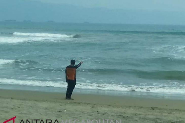Bupati sukabumi ingin remajakan alat deteksi dini tsunami