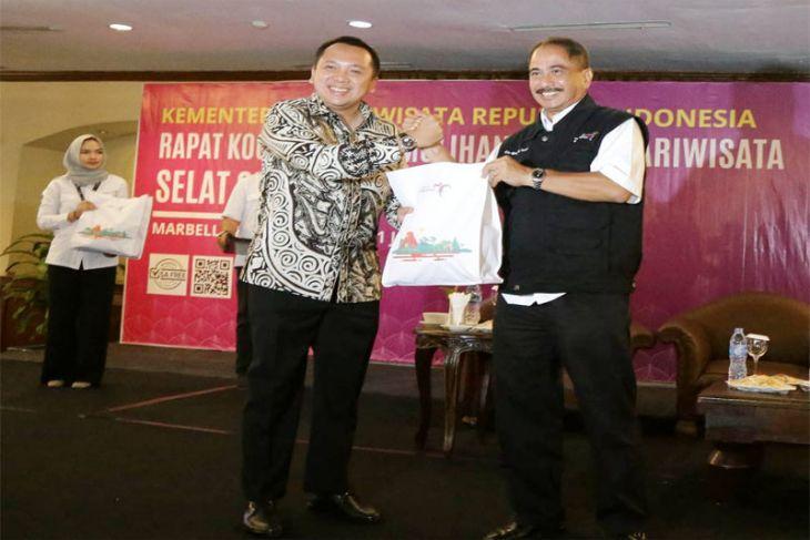 Menpar Puji Gubernur Ridho Karena Cepat Pulihkan Pariwisata Lampung