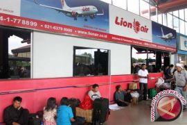 Kemenhub bekukan izin layanan bandara Lion dan AirAsia
