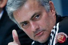 Mourinho Bocorkan Dua Pemain MU Siap Hengkang