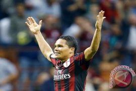 AC Milan hajar Chievo 3-1, Bacca cetak dua gol