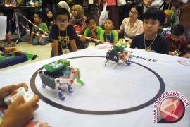 TIm Indonesia raih juara robot pemadam api dunia