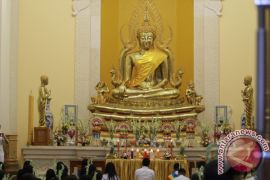 Ratusan Umat Budha Gorontalo Rayakan Waisak
